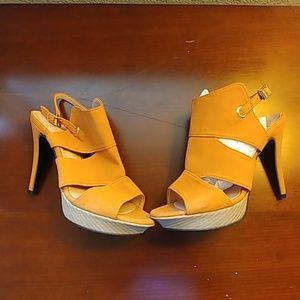 Shoes - Orange heels
